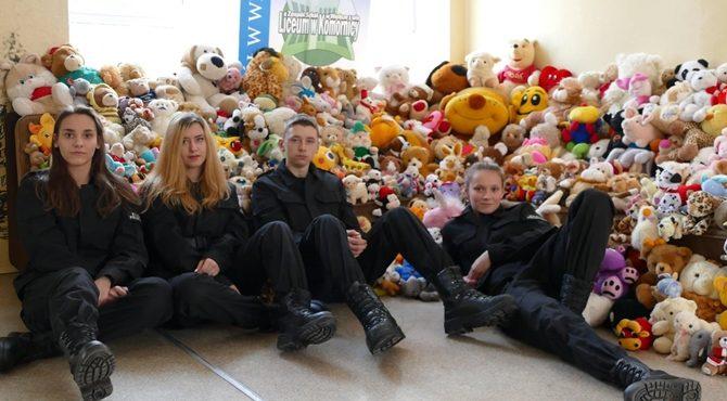 Komornica: Uczniowie zbierali Misia Ratownika